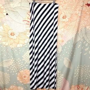 Mossimo Target Black White Stripe Maxi Skirt XXL